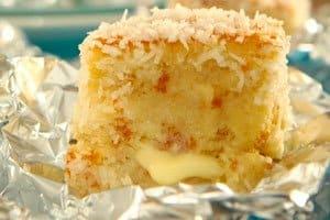 bolo embrulhado gelado