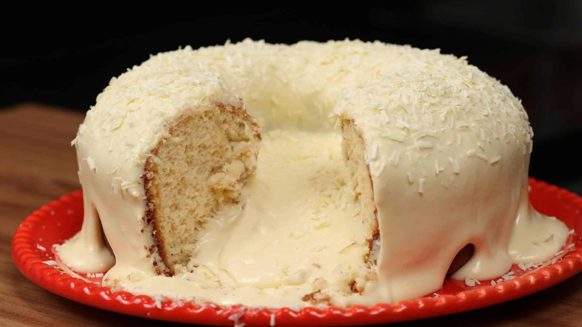 bolo vulcão de leite ninho