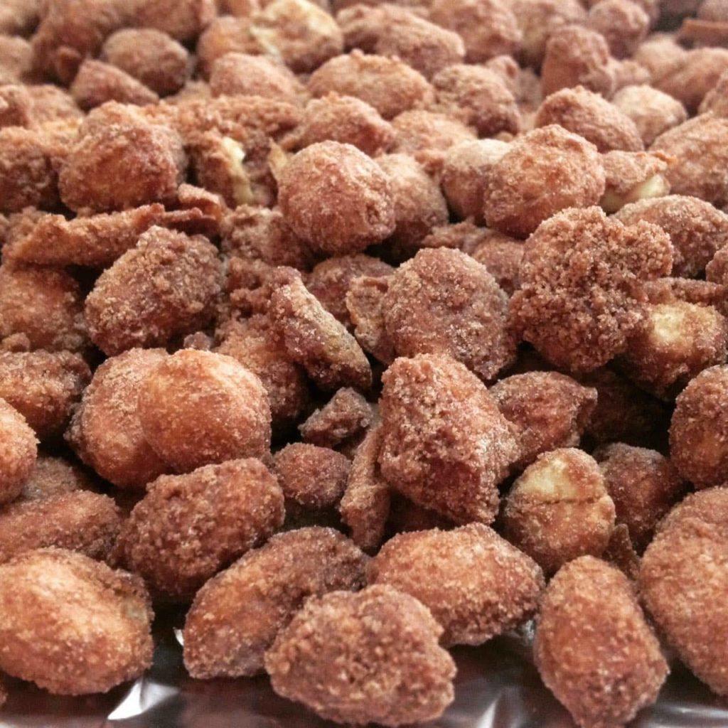 amendoim doce chocolate